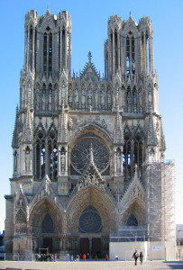 Cathedral_Notre-Dame_de_Reims,_France-PerCorr