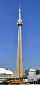 Toronto_-_ON_-_CN_Tower_(Bremner_Blvd)